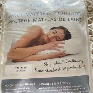 St. Dormeir Mattress Protector TXL